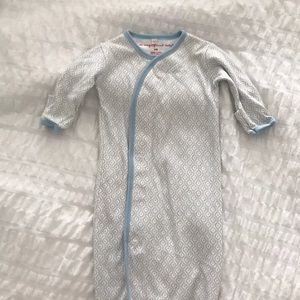 NB Magnificent Baby gown